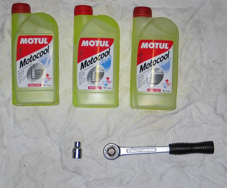liquide de refroidissement pour moto honda blog sur les voitures. Black Bedroom Furniture Sets. Home Design Ideas